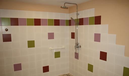 gite-les-mapellous-chambre-saumon-salle-de-bain-Dordogne